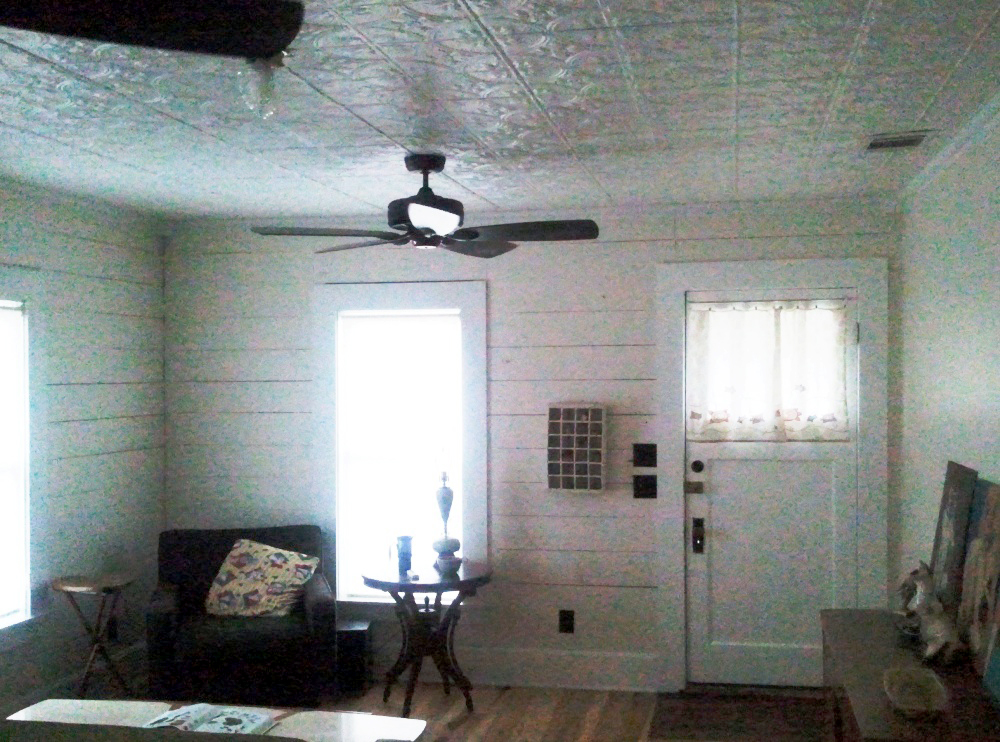 New Great Room-note Tin Ceiling